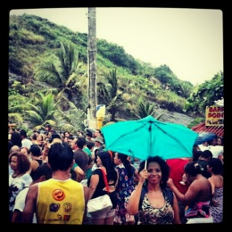 Singing in the rain at Barra do Jucu's congo