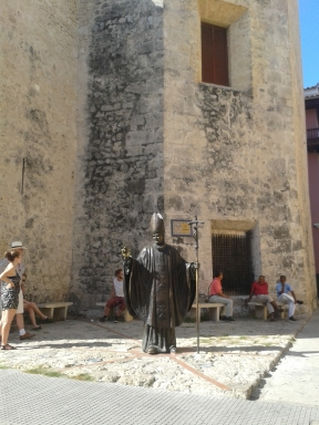 A statue of Pope John Paul, who visited Cartagena in 1986